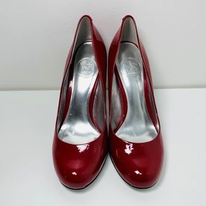 Jessica Simpson sexy classic red heels